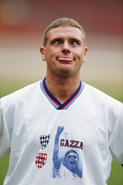 Una imagen que retrata su esencia, a comienzo de los 90, en sus tiempos de figura de Tottenham.