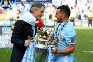 Después de un duro cruce con Roberto Mancini, volvió a ser titular y fue campeón con Manchester City en la Premier League. Foto de Alex Livesey/Getty Images Europe / Vía Zimbio.