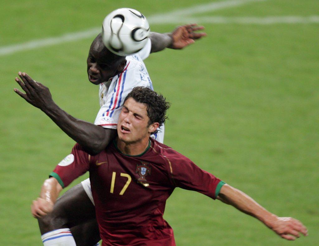 Thuram marca a Cristiano Ronaldo en Alemania 2006. El francés fue campeón en el Mundial de 1998 y la Eurocopa de 2000. Foto de AFP.